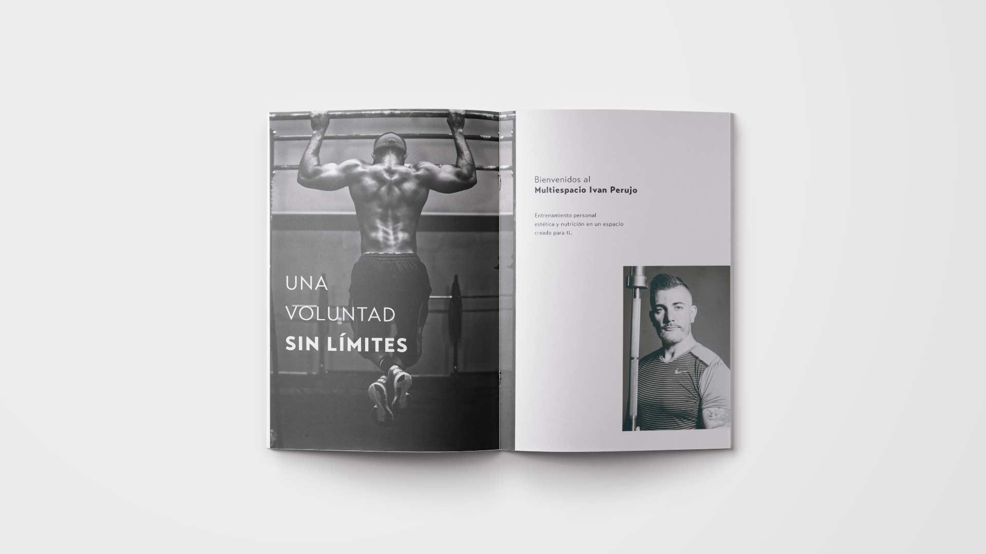 Páginas interiores del dossier de Iván Perujo